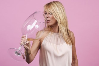 ramona-singer-brought-us-pinot-grigio-and-was-our-2-12936-1440085280-0_dblbig